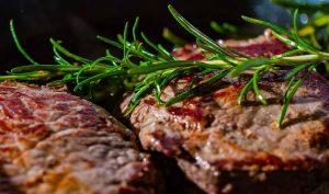 Carne de ternera tierna con aceite y vinagre