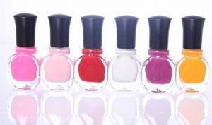 Esmalte de uñas para las carreras en las medias - Trucos de hogar caseros