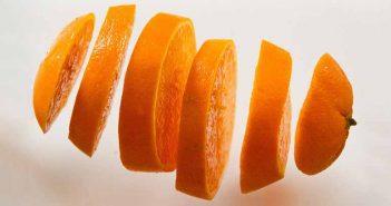 Cómo erradicar las garrapatas con naranja