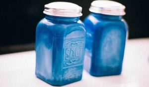 Vinagre y sal para las garrapatas - Trucos de hogar caseros