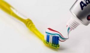 C mo limpiar la plata en casa con pasta de dientes - Remedios caseros para limpiar la plata ...