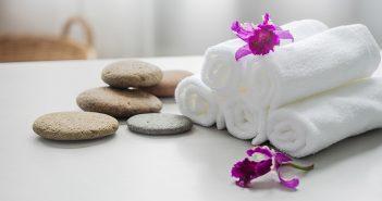 Cómo suavizar toallas con bicarbonato - Trucos de hogar caseros