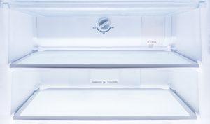 Limpiar la nevera con bicarbonato - Trucos de hogar caseros