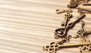 Cómo dar brillo al bronce usando remedios caseros - Trucos de hogar caseros