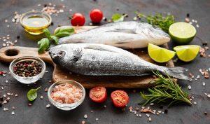 Cómo eliminar el olor a pescado paso a paso - Trucos de hogar caseros