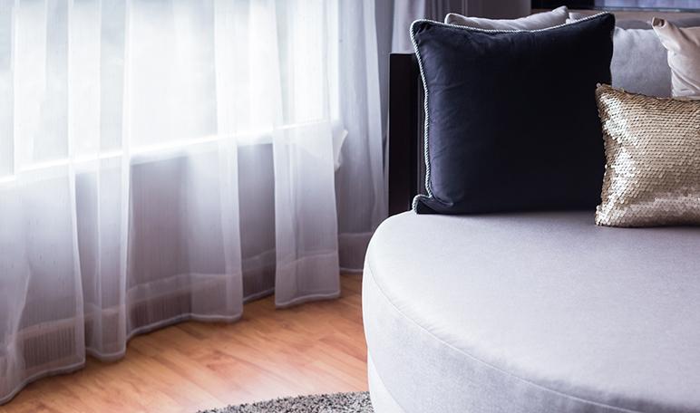 Limpiar las cortinas con vinagre trucos de hogar caseros - Limpiar parquet con vinagre ...