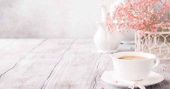 Cómo limpiar las tazas con bicarbonato - Trucos de hogar caseros