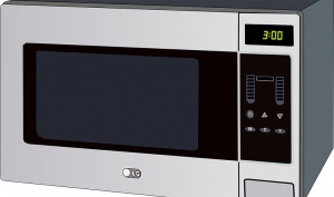 Cómo limpiar el microondas con remedios caseros