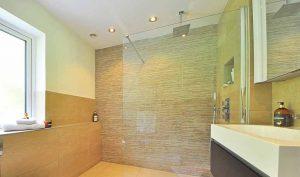 Consejos para para cambiar la bañera por un plato de ducha