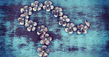 Cómo limpiar joyas de plata con remedios caseros - Trucos de hogar caseros