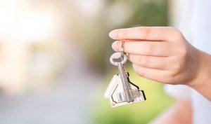 Qué hacer si te has dejado las llaves dentro de casa - Trucos de hogar caseros