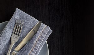 Cómo eliminar las manchas de moho de los cubiertos - Trucos de hogar caseros