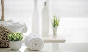 Cómo conseguir que tu baño huela igual que un spa - Trucos de hogar caseros